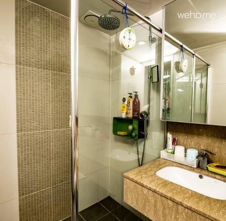 샤워부스 및 화장실