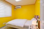 침실_Yellow room