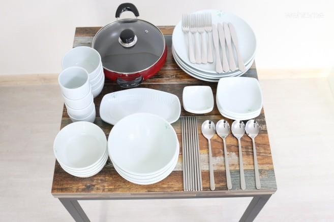 식탁 및 식기
