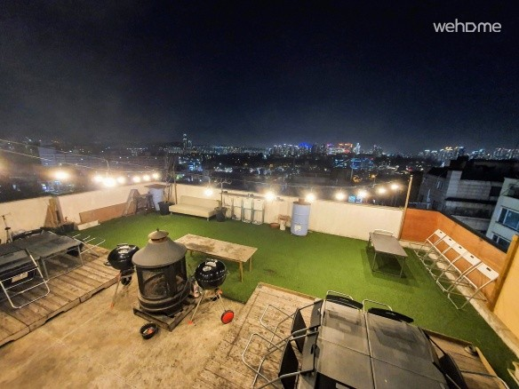 Seoul Itaewon Roofrop BBQ & STAY