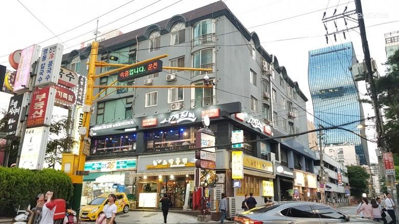 NO.3 / 강남역 / 프라이빗 트윈배드룸