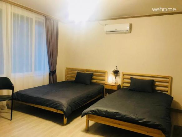 트윈룸 침대가 커서 편안합니다.