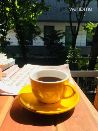 정원에서 새소리 들으면서 커피 한잔 하세요
