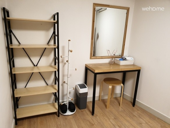 [Twin room + private bathroom] Pretty guest house near Inwangsan, Seochon, Cheongwadae, Gwanghwamun,