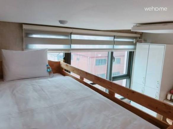 2인실2층침대(공용화장실)