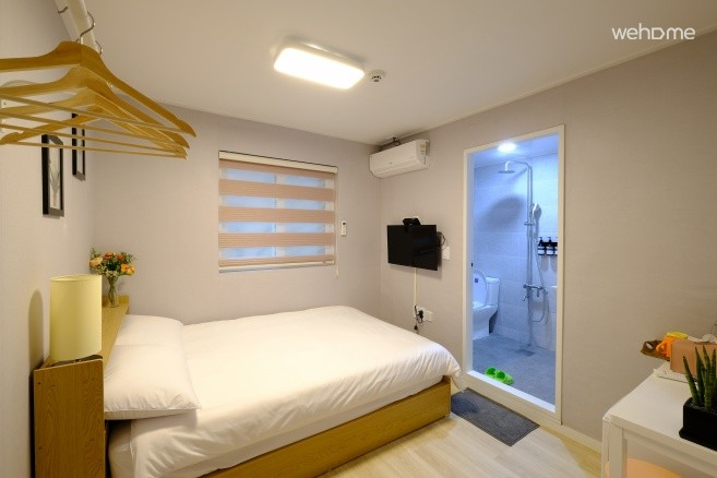 This is a clean and comfortable guesthouse.