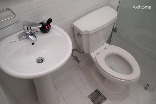 욕실 내부