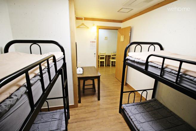 홍대 코코아게스트하우스(4인 여성 도미토리룸) / 무료 조식,WiFi