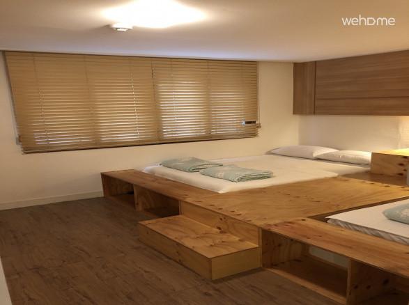 2-Bedroom Suite(5), 집전체, 홍대입구역 500m, 연트럴파크 보도 2분.