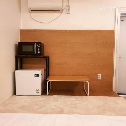 흡연가능, 더블침대 1인실 , 자가격리 가능