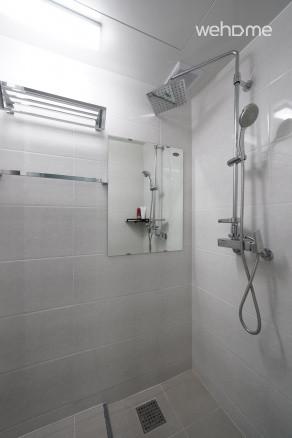 화장실 2, 3 (샤워실) (화장실 두개가 사진이 같아요^^)