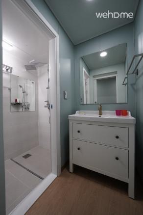 화장실 2 (샤워실)