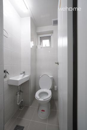 화장실 2, 3 (화장실 두개가 사진이 같아요^^)