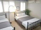 Hongik University Station Exit 6 (2 minutes)(3room
